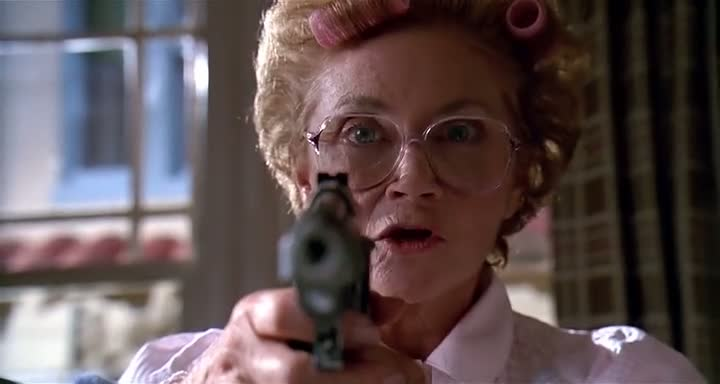 Stop Or My Mom Will Shoot (1992)