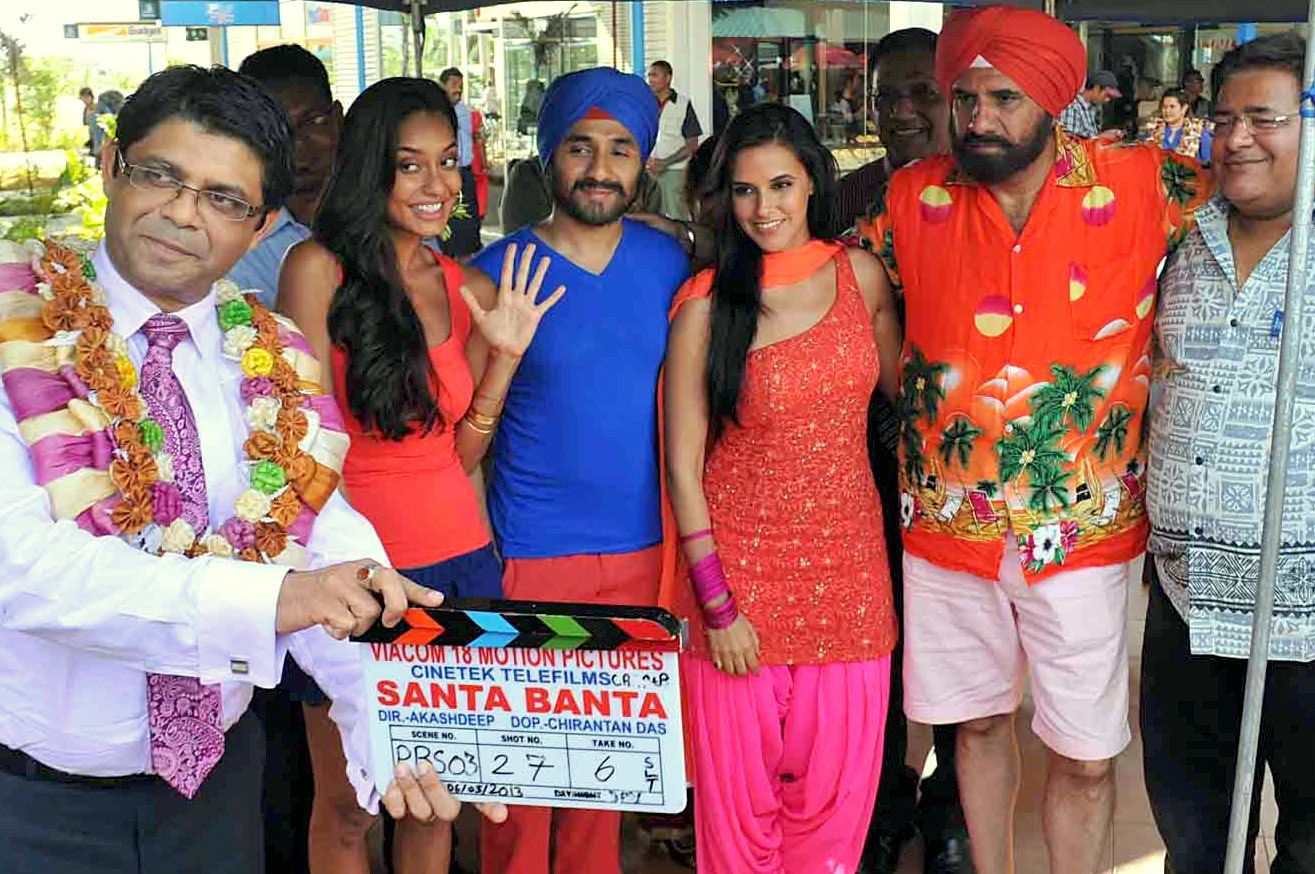 Chief guest Minister for Tourism and Attorney General Aiyaz Sayed-Khaiyum, Lisa Haydon, Veer Dass, Neha Dhupia, Boman Irani and director Akashdeep Sabri during the official launch of the Santa Banta movie at Port Denarau yesterday. Photo: WAISEA NASOKIA